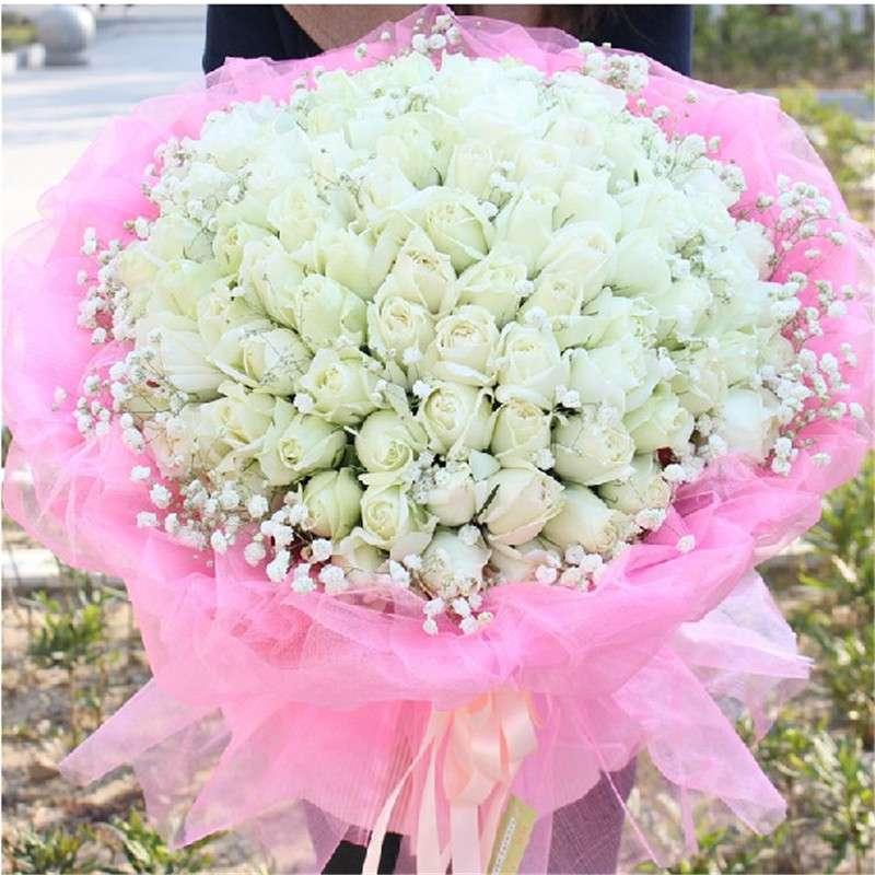 [包 装]:粉红色包装纸+粉红色纱包装,圆形花束   [花